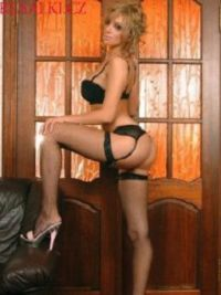 Escort Noemi in Qena