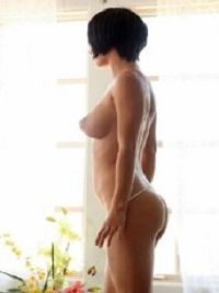 Escort Lisa in Camabatela